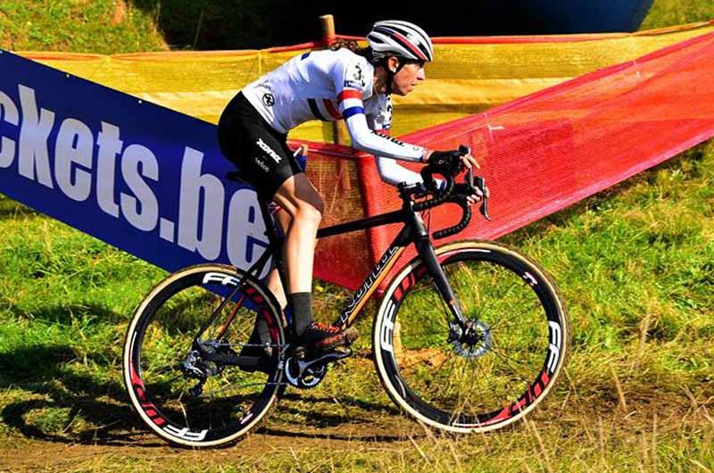 Helen Wyman riding Wick Werks